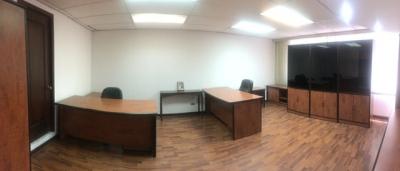 Oficina en Venta Zona 10, 15 Ambientes, 402 m2, US$500,000