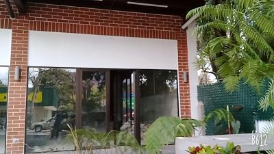Local de 58.9 m2 de construcción en Renta, Zona 13