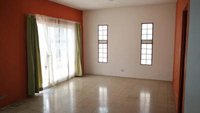 Vendo casa en Condominio Cantabria zona 16