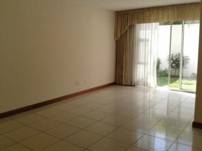 Bonita Casa en condominio de 3 habitaciones en Avenida las Américas zona 13