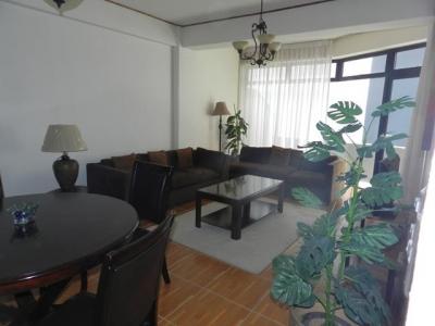 Alquilo apartamento amueblado en Torre Elgin zona 14