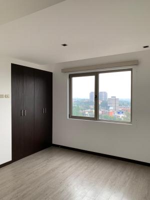 Alquilo apartamento en Neo zona 10