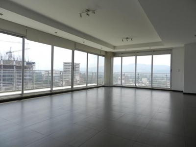 Alquilo apartamento en Torre 14 zona 14