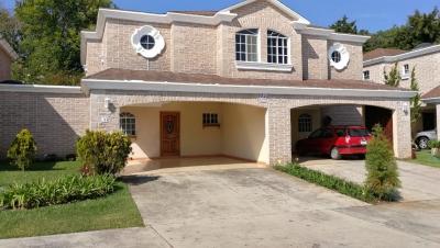 Alquilo casa en Santa Anita Carretera Salvador