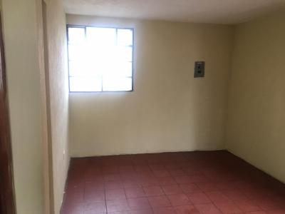 Alquilo apartamento en zona 19 La Florida