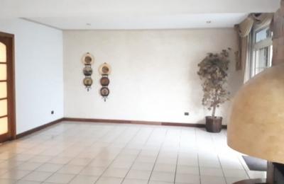 Preciosa casa de 4 habitaciones sin amueblar en Vista Hermosa zona 15