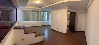 Bonita Oficina en alquiler en Avenida la Reforma zona 10