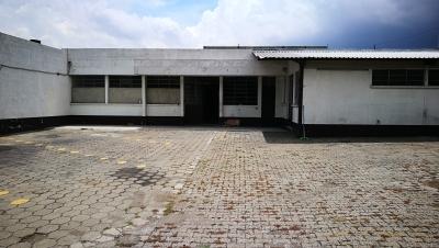 Bodega y Oficinas sobre Avenida Principal en z13