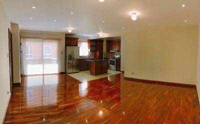 Lindo apartamento de 2 habitaciones sin amueblar en Blvd. Rafael Landivar zona 16