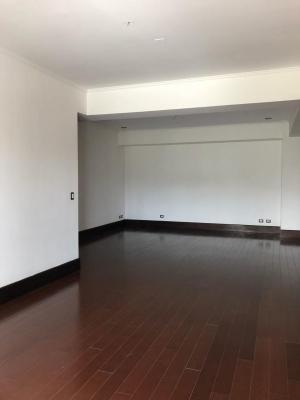 Apartamento en venta en Granada Cayalá zona 16
