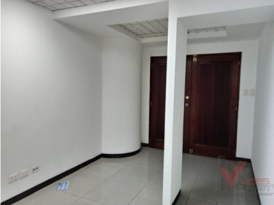ALQUILER / RENTA OFICINA EN ZONA 10 / $1069