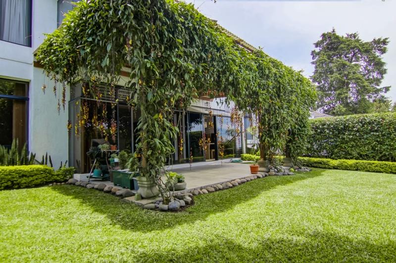 Casa en Venta, Carretera a El Salvador