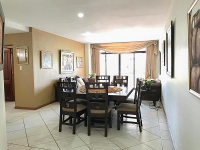 Apartamento amueblado y equipado en renta en zona 14