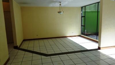 EN DIRECTO: TOWNHOUSE EN RENTA ZONA 15