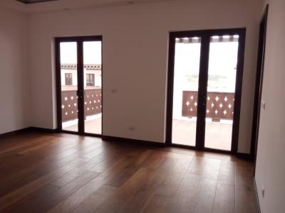 Alquilo casa en Zona 16, en Ramblas de Cayalá