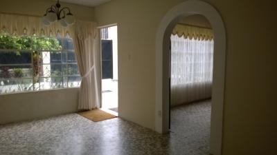 Casa en Renta fuera de garita sector El Pilar z15