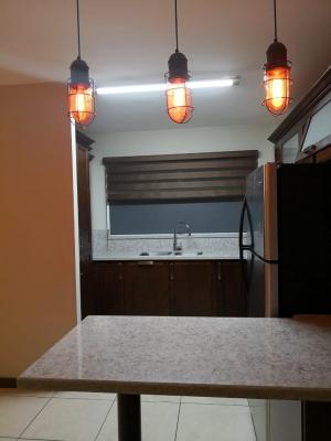 Rento, Alquilo Apartamento en zona 11 con 2 dormitorios