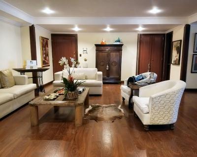 Hermoso y Exclusivo Apartamento en VENTA, ubicado en el 2do. Nivel