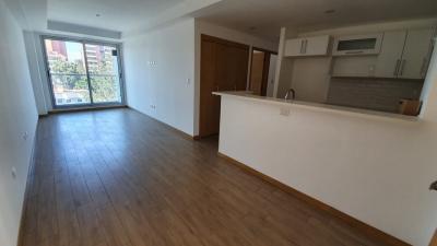 Apartamento en venta en zona 10 de 75 mts en $165,000 de 2 dormitorio/código 739