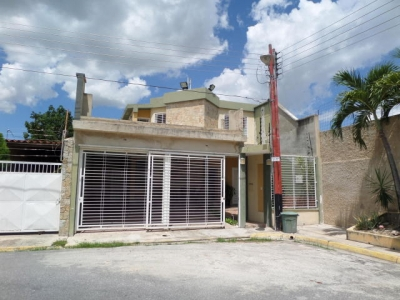 Townhouse Venta Maracay  Villas Ingenio II Código: 19-2692