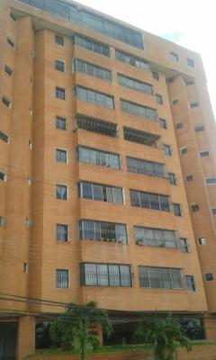 Bello Apartamento en Venta en Juanico Res. Rio Miño