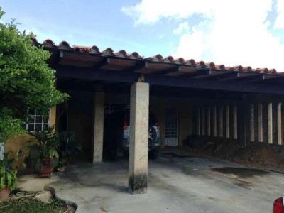Casa en venta en la Urbanización Los Girasoles, zona industrial, Maturín-Monagas