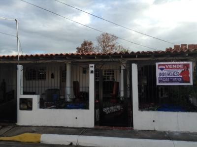 Casa en Urbanizacion Aves del Paraiso - Zona Industrial