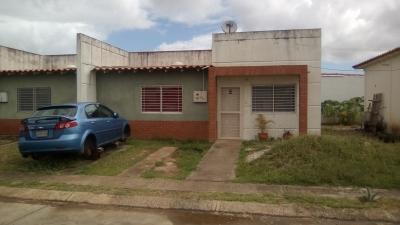 Vende Inmueble en Los Olivos - Sector Tipuro, Monagas - Maturin