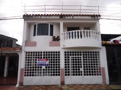 Se Vende Casa En Las Cayenas