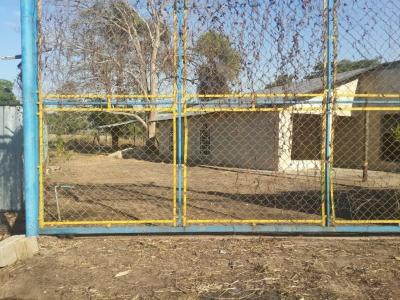 Se vende casa en via principal san jaime