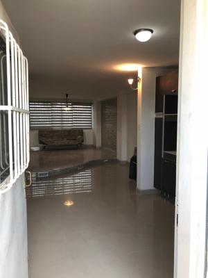 Moderno Apartamento en Aguamarina Los Corales