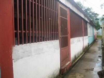 Casa en Venta Ubicada en Los Guaritos 2