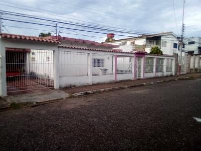 Casa en Venta Ubicada en Las Avenidas de Maturin