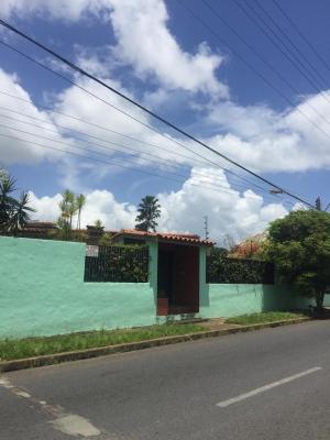Se Vende Casa En Urbanizacion Morichal, Sector Juanico
