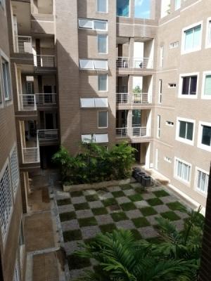 Se Alquila Apartamento En Urbanizacion San Miguel, Edificio San Andres