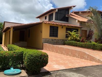 Se Alquila Casa en San Miguel