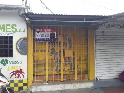 Se Alquila Local Comercial en Los Guaritos, sector La Perla