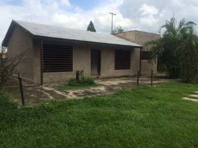 ADMINISTRADORA JABA VENDE CASA CONSTRUIDA EN TERRENO 4000 M2. EN SAFARI COUNTRY CLUB.