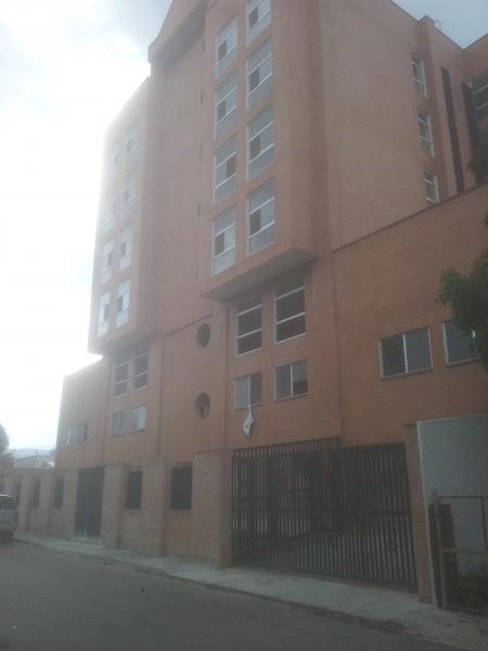 Edificio Comercial y Empresarial Las Acacias