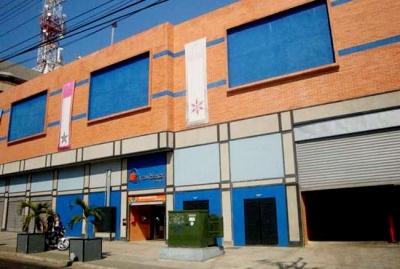 En Venta Locales C.C. Gran Bazar Centro Valencia - RLO3