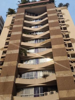 Apartamento en Venta en El Bosque, 110 m2