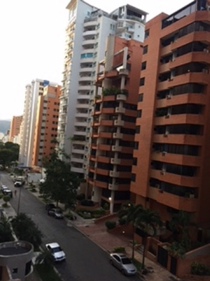 Cómodo y Excelente Ubicación De Apartamento De 205 M2  En La Trigaleña.