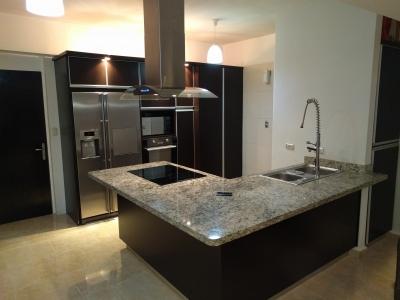 Apartamento en la Trigaleña Valencia Carabobo
