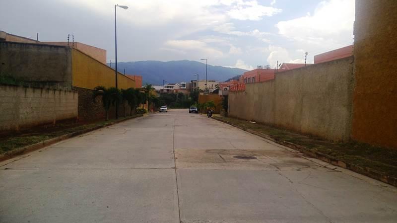 Terreno Residencial En Lomas del Country Valencia Carabobo