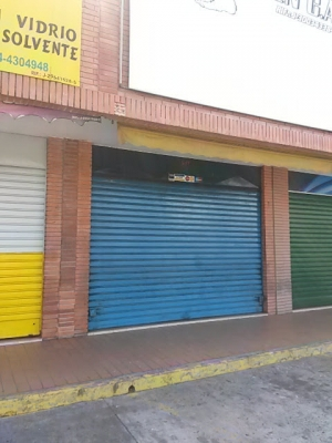 SE VENDE LOCAL EN VALENCIA LA MICHELENA