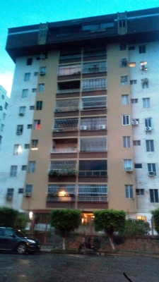 Apartamento tipo Pent House. Espectacular vista a la ciudad de Valencia. .