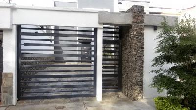 COMO DE REVISTA, HERMOSO Y MODERNO TOWN HOUSE UBICADO EN CALLE CERRADA (VALLES DE CAMORUCO)