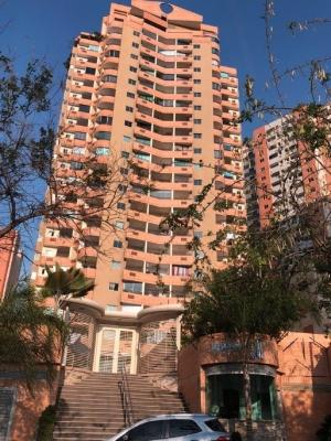Acogedor Apartamento De 50 M2 Ubicado En Las Chimeneas