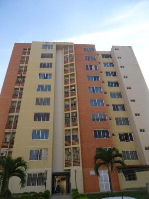 Sky Group Vende Apartamento en Doral Country Club / Código Gua - 142