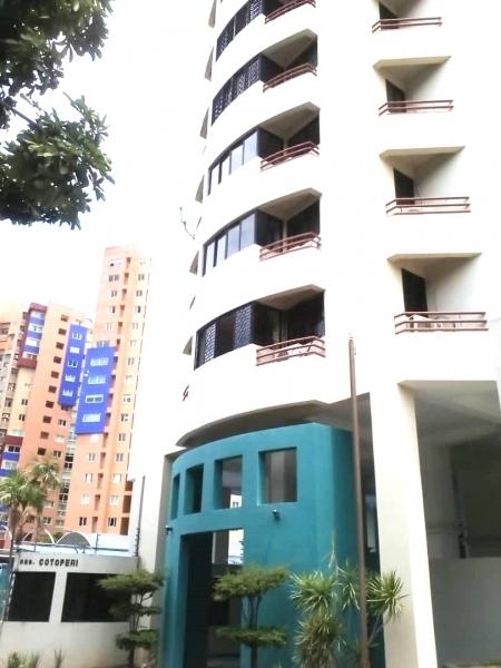 Apartamento de 115m2 en la Urb. La Trigaleña, Valencia Edo. Carabobo